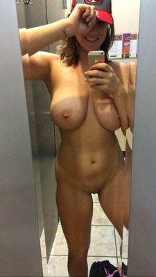 Sexy 19 Year-old shows off beautiful pussy